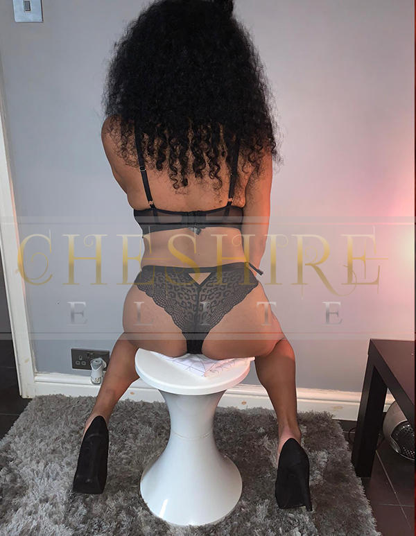 Leanna, 25 - escort incalls in Cheshire / Crewe massage parlour!